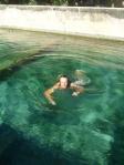 matteo nuotando a Cuba